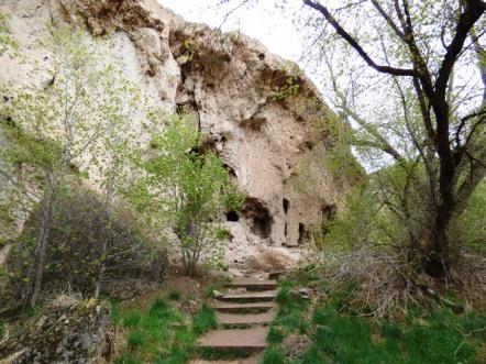 Caves at Rifle Falls